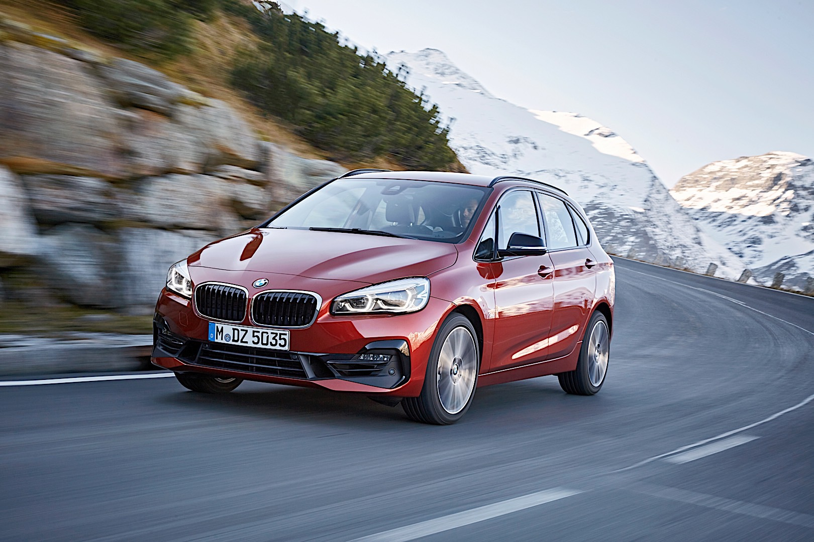BMW 2 Series Active Tourer Facelift P90288886 highRes