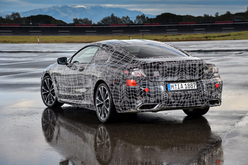 BMW 8 Series Coupe 2 830x553
