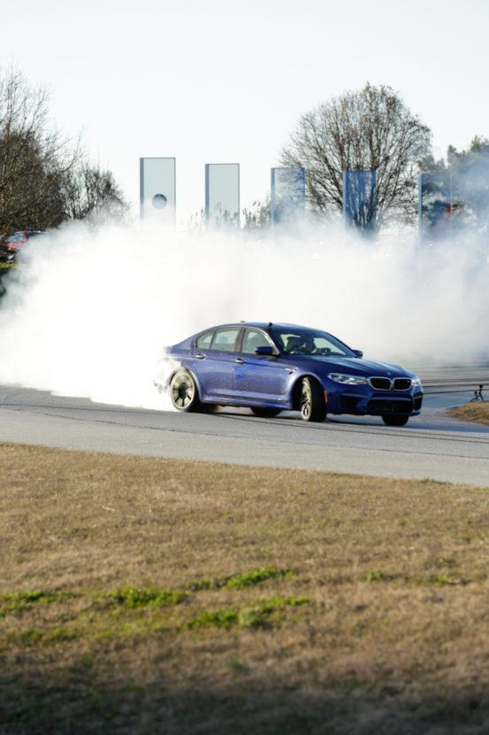F90 BMW M5 Drift World Record 24 553x830