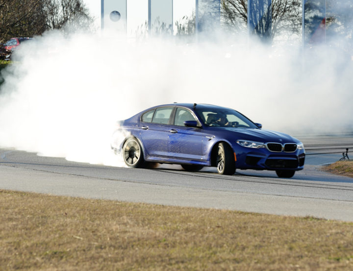 F90 BMW M5 Drift World Record 24 720x553