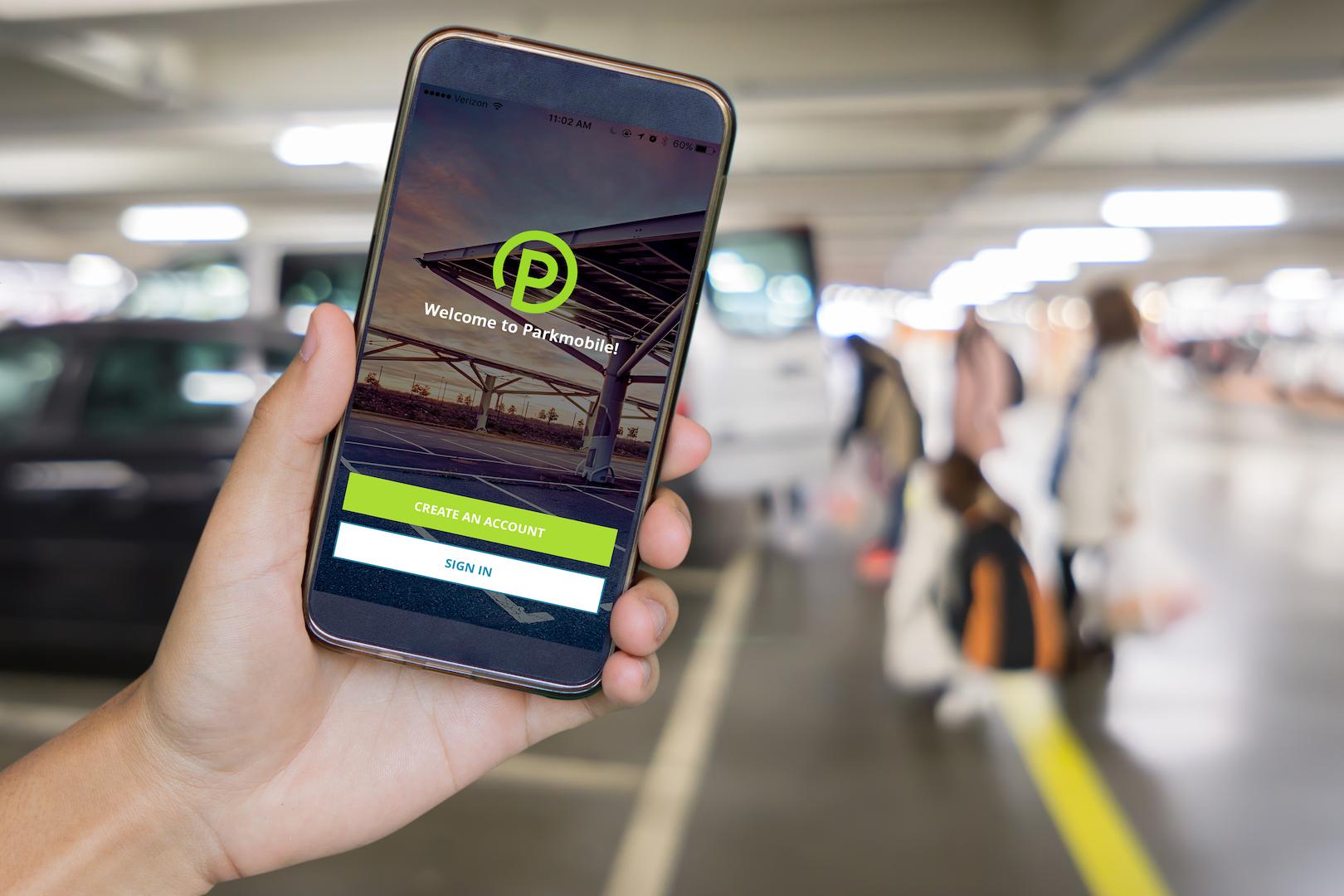 P90290487 highRes parkmobile 01 2018