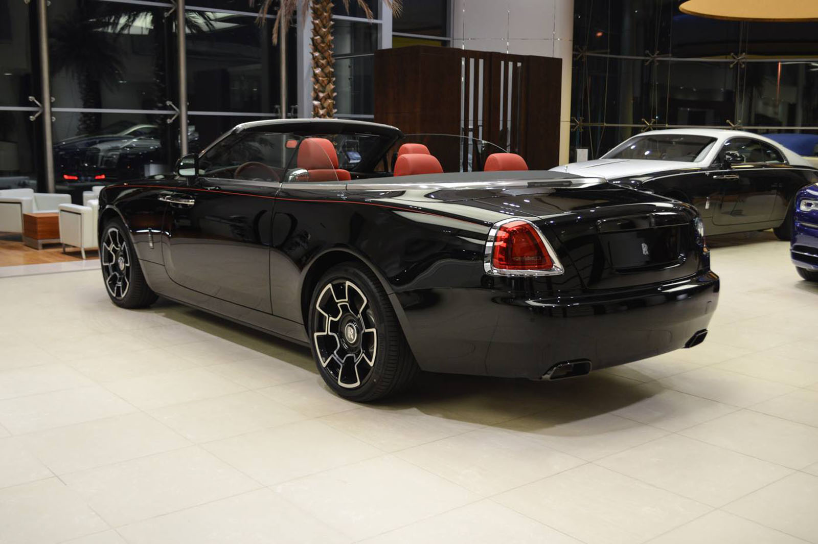 BMW European Delivery >> This Rolls Royce Dawn Black Badge is the young enthusiasts ...