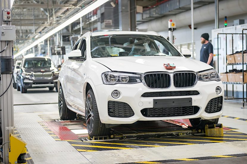 200000th BMW X4 P90292218 highRes 830x553
