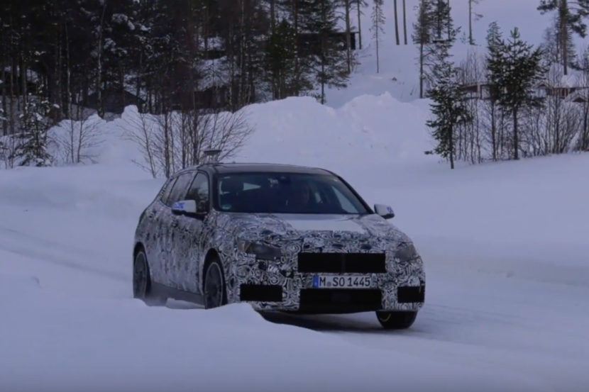 2019 BMW 1 Series snow 830x553