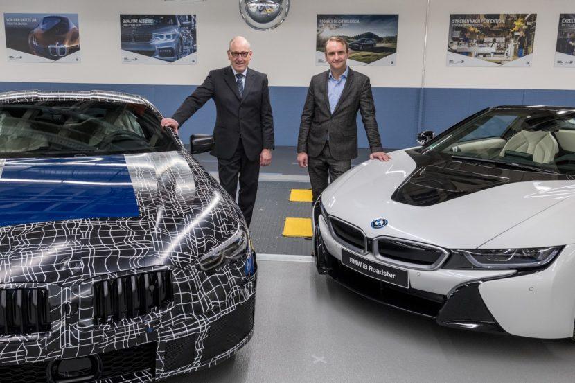 BMW 8 Series 1 2 830x553