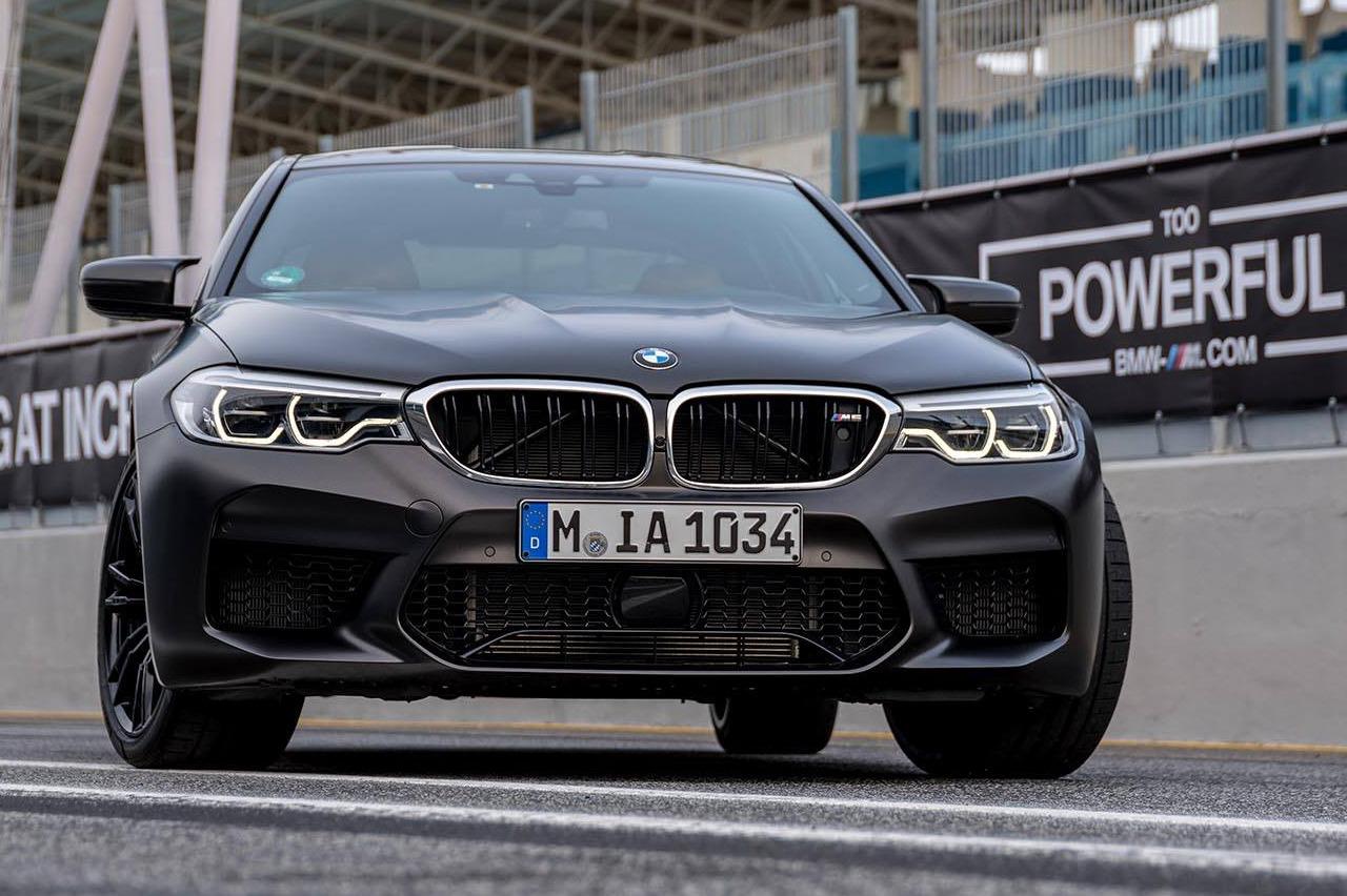 BMW M5 F90 Individual Frozen Black 01