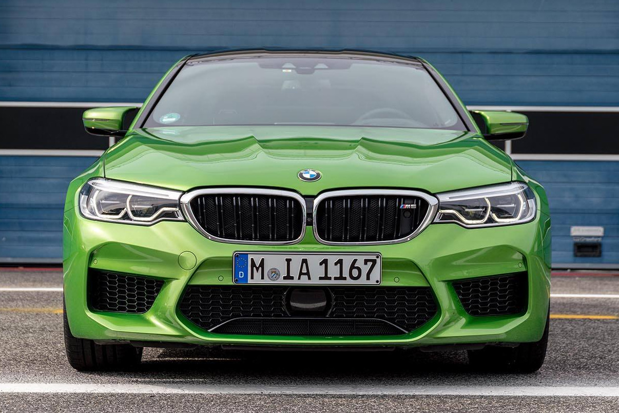 Video Bmw M5 In Java Green Metallic