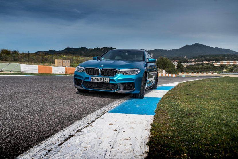 BMW M5 F90 Individual Long Beach Blue 830x554