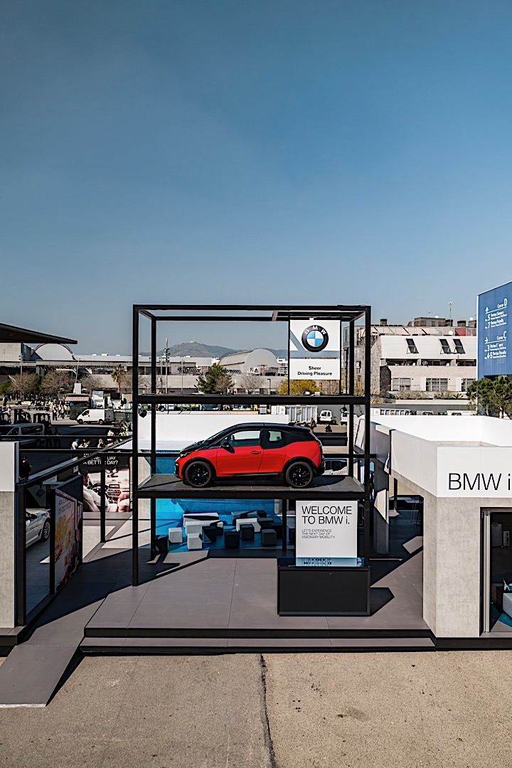 BMW at MWC 2018 P90294959 highRes