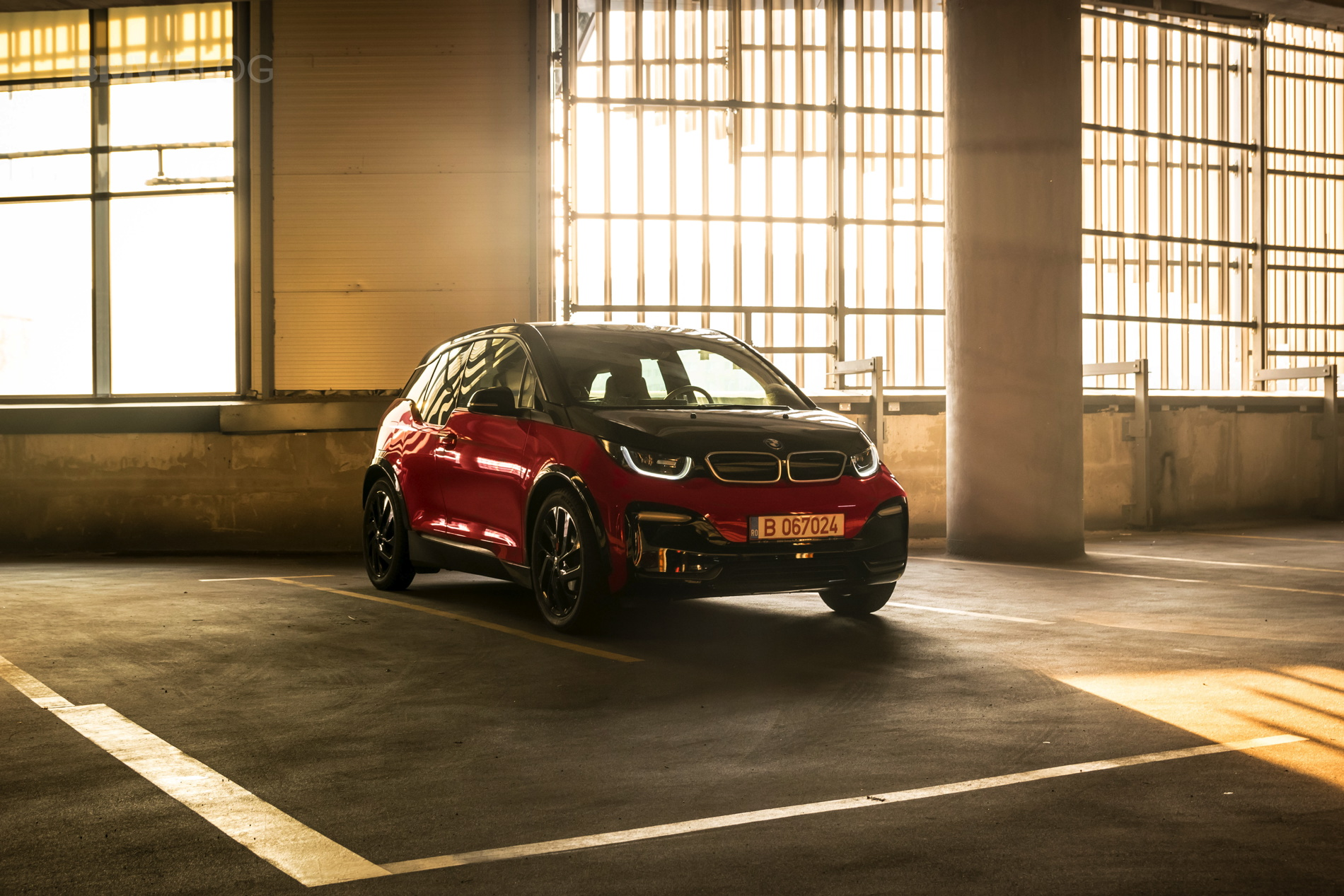 BMW i3s test drive review 38