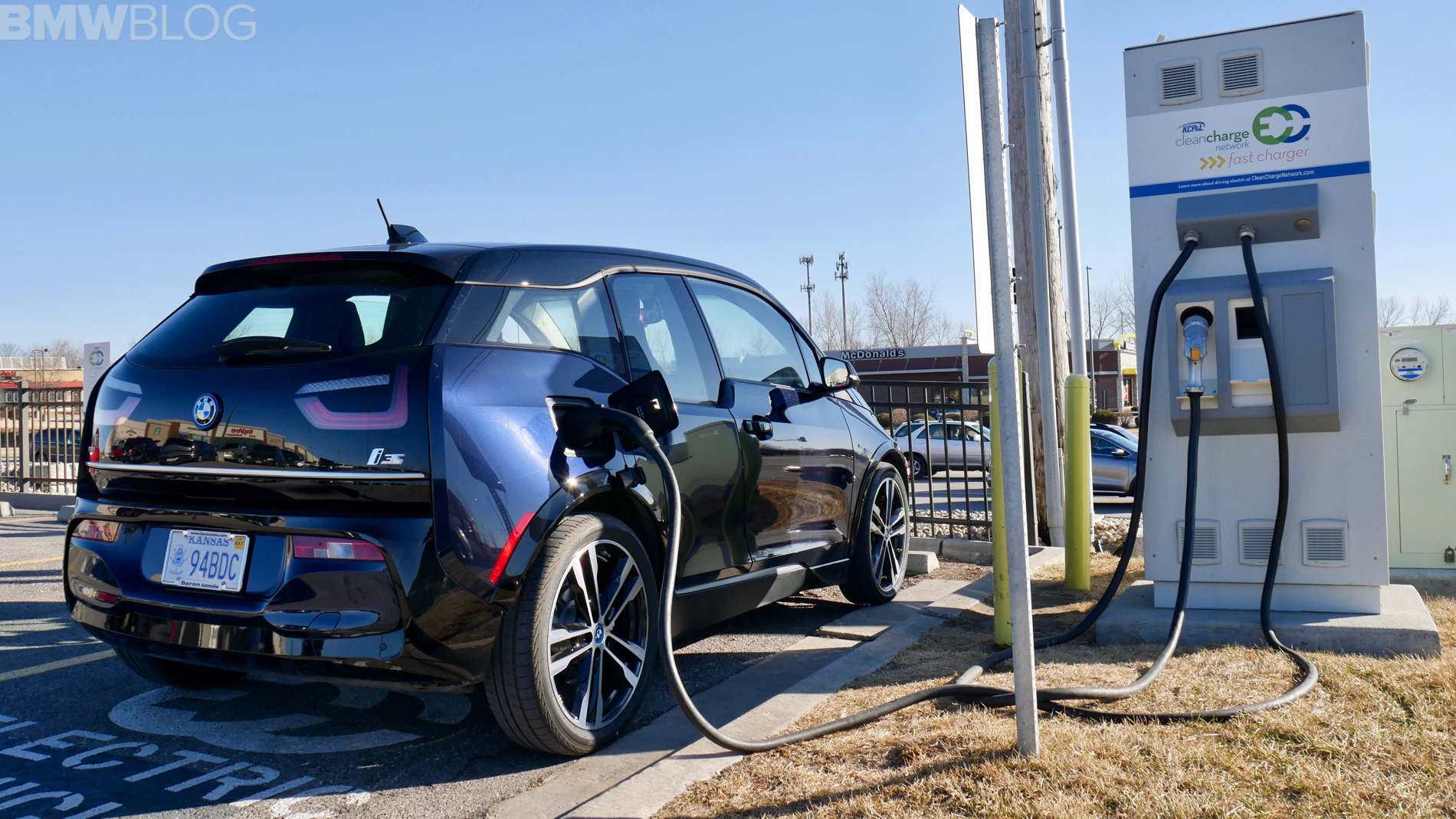 BMW i3s winter test drive 46