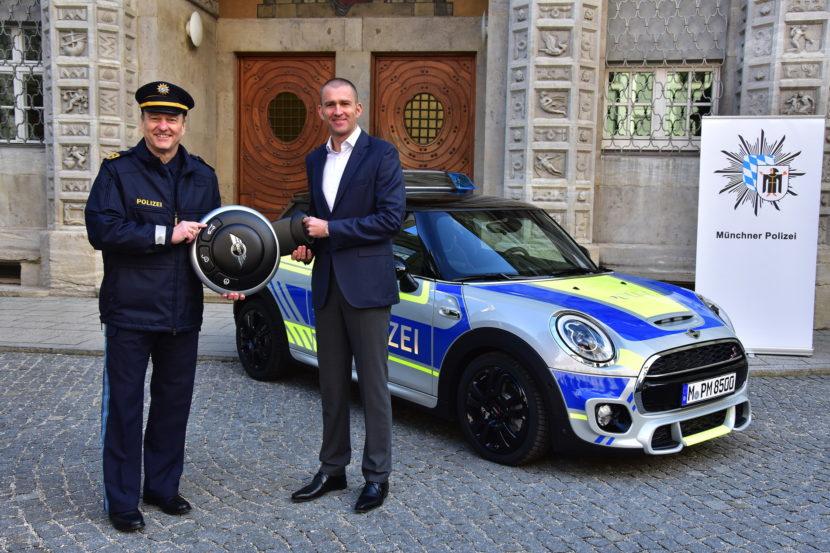 Bavaria Police MINI Cooper S 01 830x553