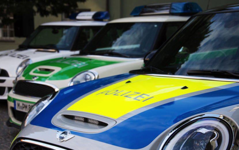 Bavaria Police MINI Cooper S 03 830x521