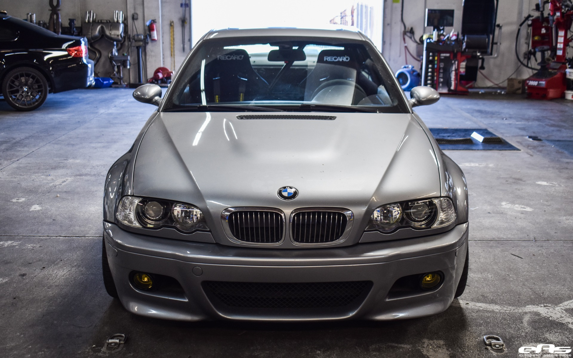 Beautiful Silver Gray Bmw E46 M3 Gets Aftermarket Tuning Parts