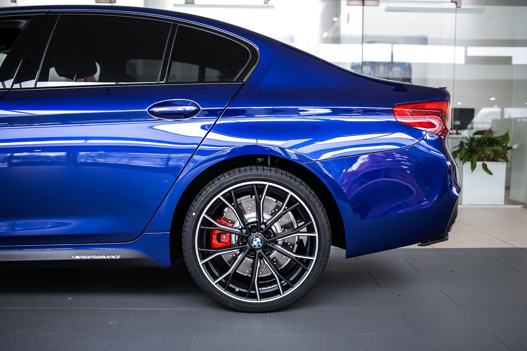 Bmw Individual San Marino Blue 540i Xdrive With Full M