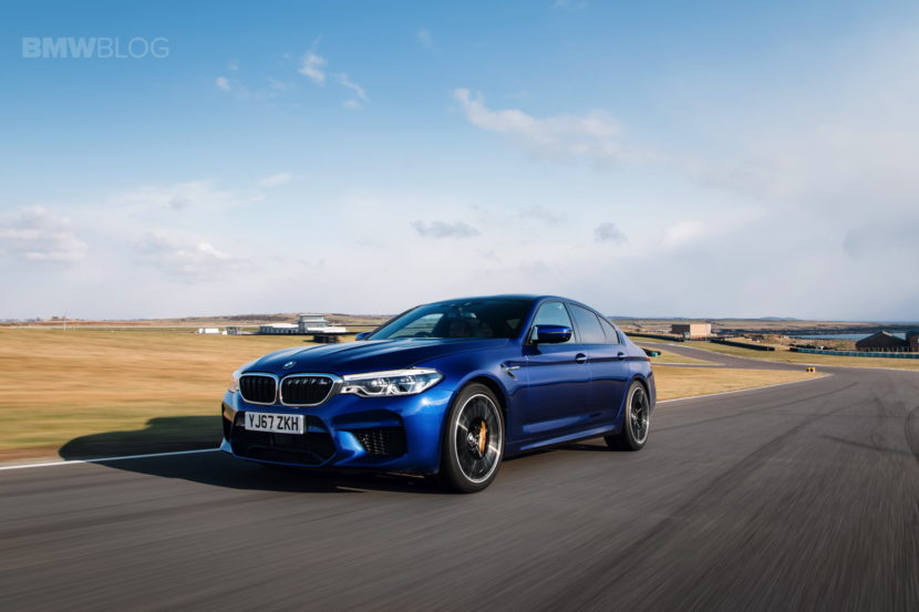 2018 BMW M5 Saloon UK 57 830x553