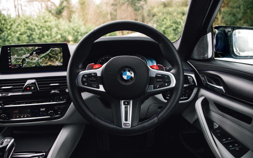 2018 BMW M5 Saloon UK 58 830x519