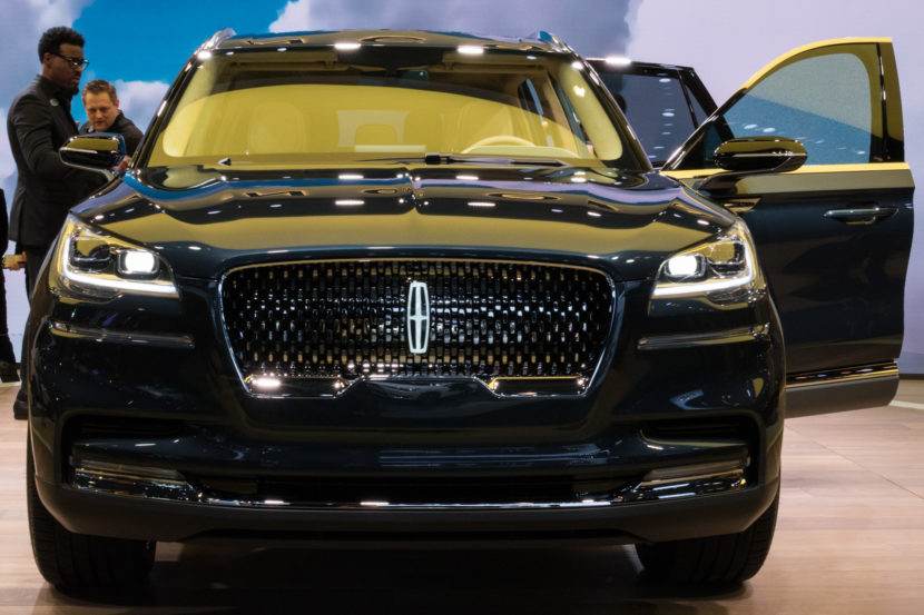 the smoother road first refined quieter more concept luxury hybrid gas should than plug nails look make in aviator too and this alone suv it on lincoln running
