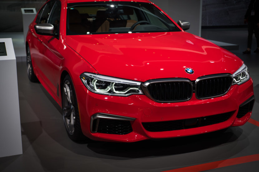 BMW M550i Ferrari Red 1 830x553