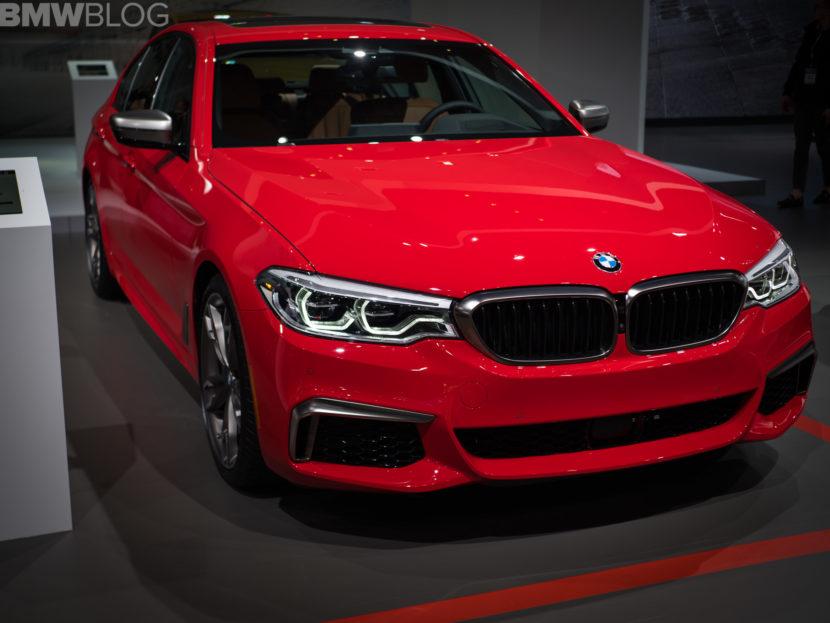 BMW M550i Ferrari Red 1 830x623