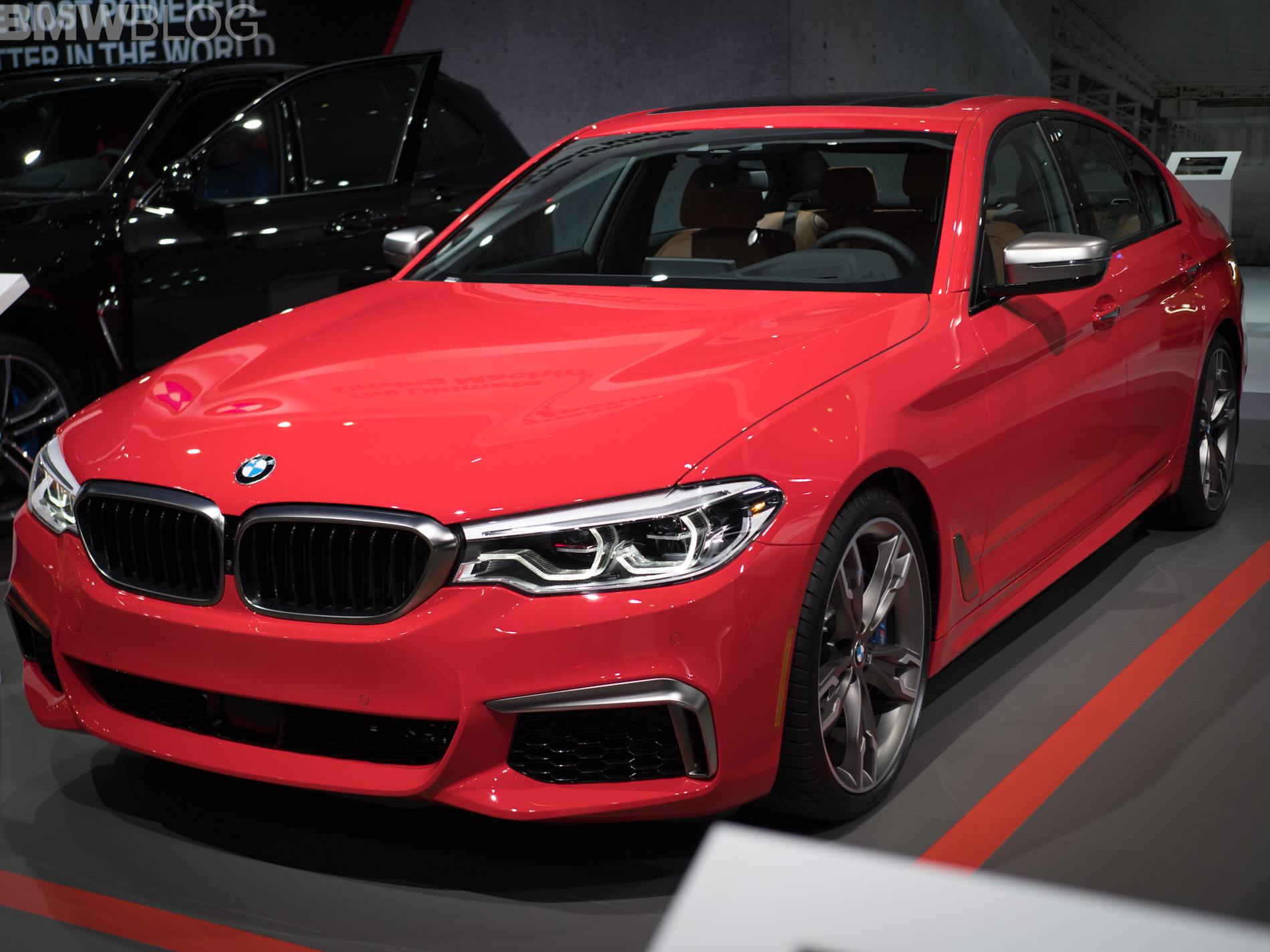 BMW M550i Ferrari Red 2