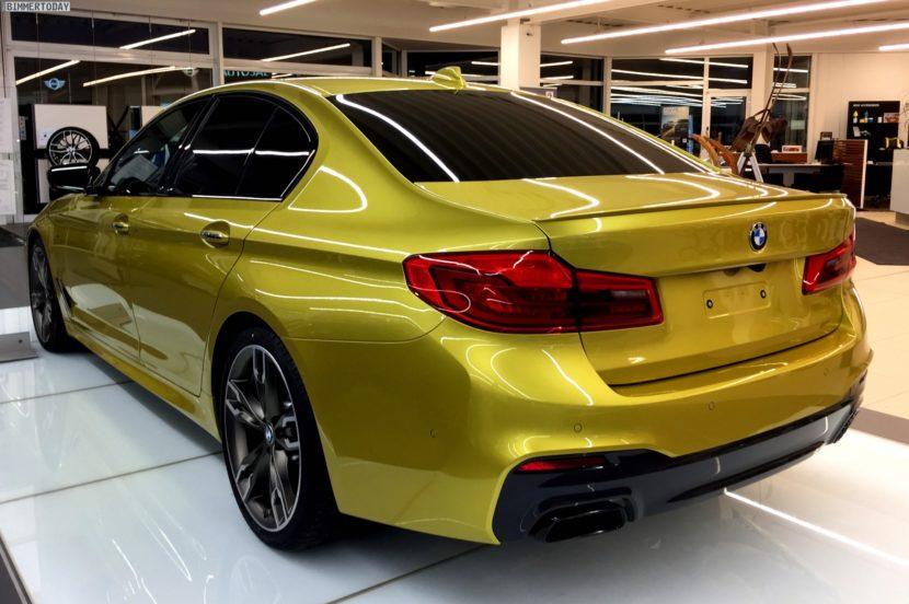 BMW M550i xDrive G30 Austin Yellow Individual 05 830x552