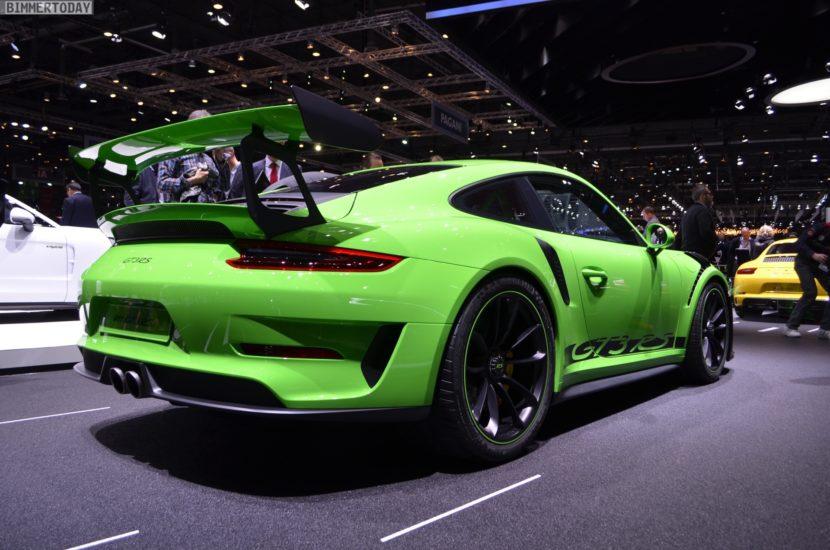 Genf 2018 Porsche 911 GT3 RS Lizardgruen Live 02 830x550