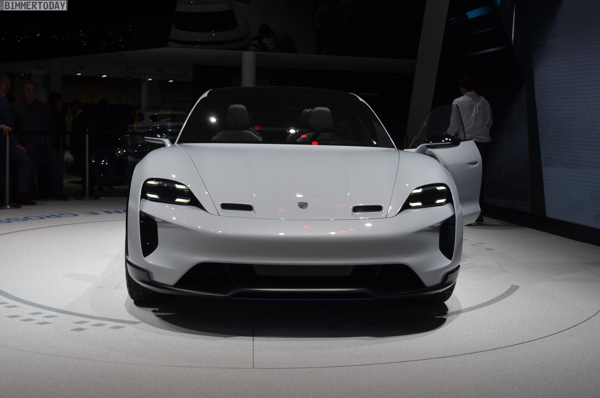 Genf 2018 Porsche Mission E Cross Turismo Concept Live 07