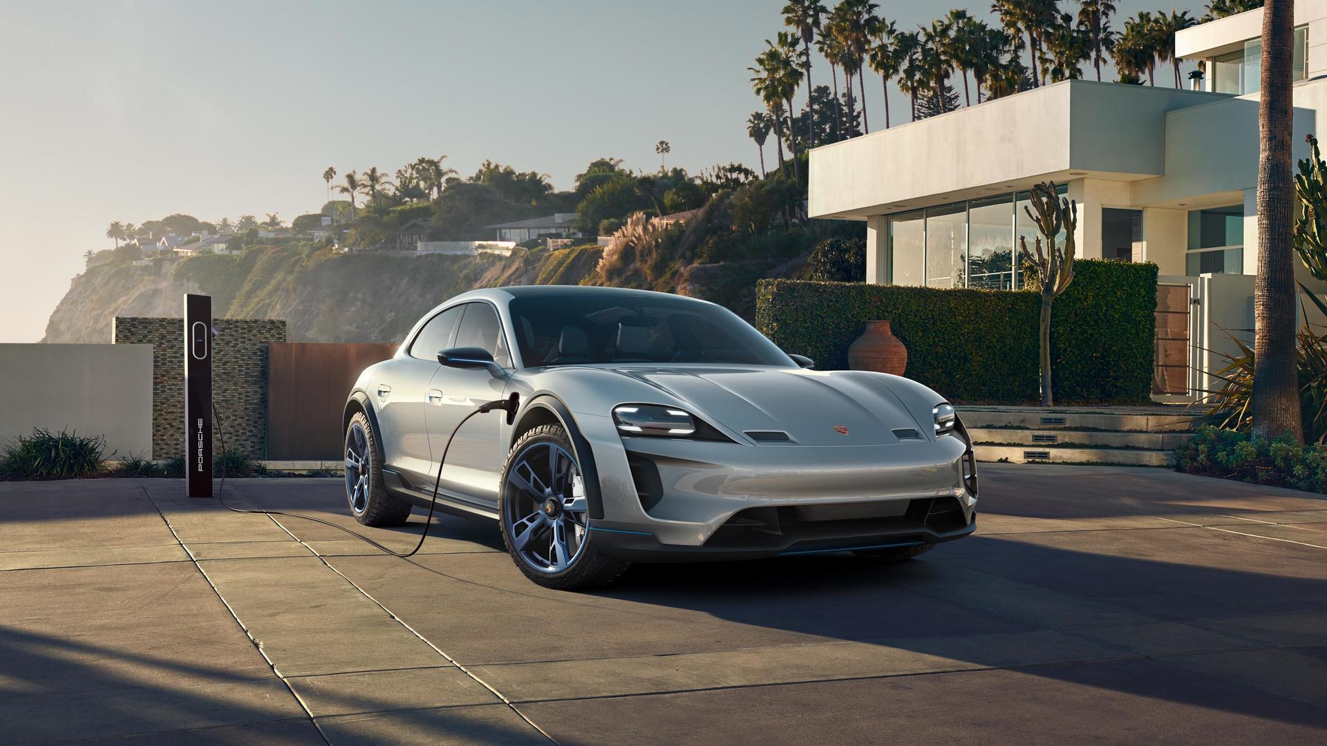 Porsche Mission E Cross Turismo Concept 2