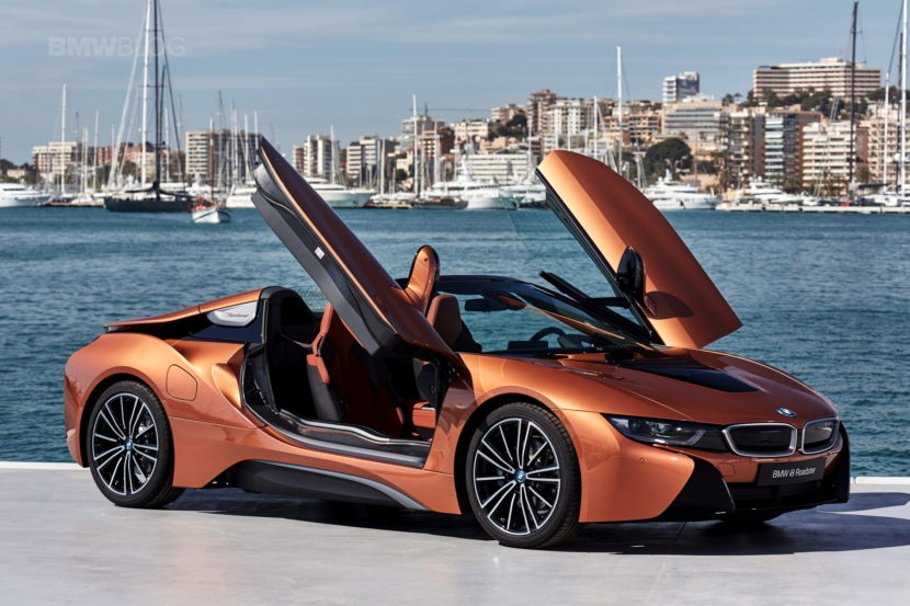 2018 BMW i8 Roadster test drive 120 830x553
