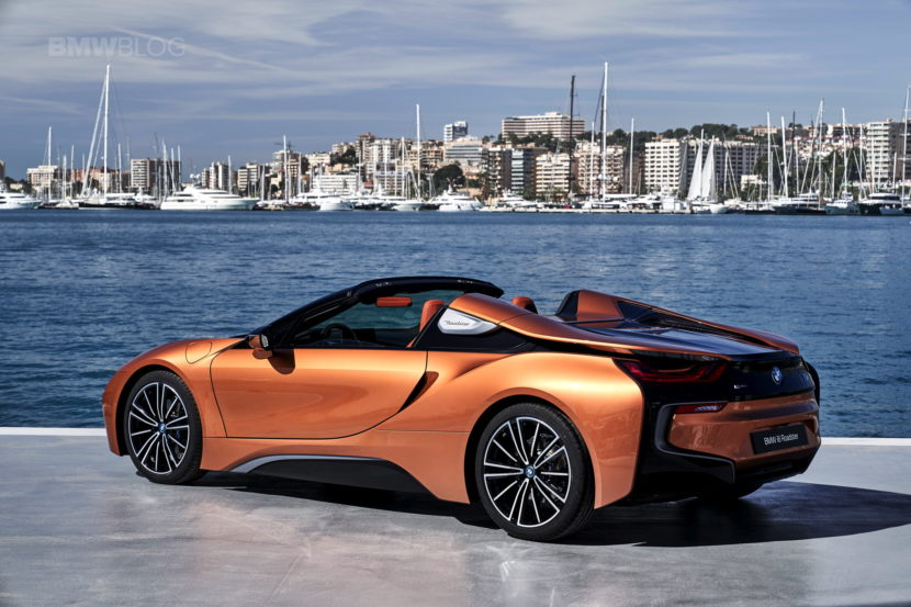 2018 BMW i8 Roadster test drive 123 830x553