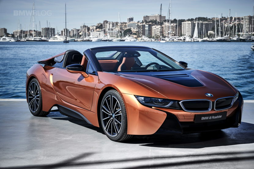 2018 BMW i8 Roadster test drive 124 830x553