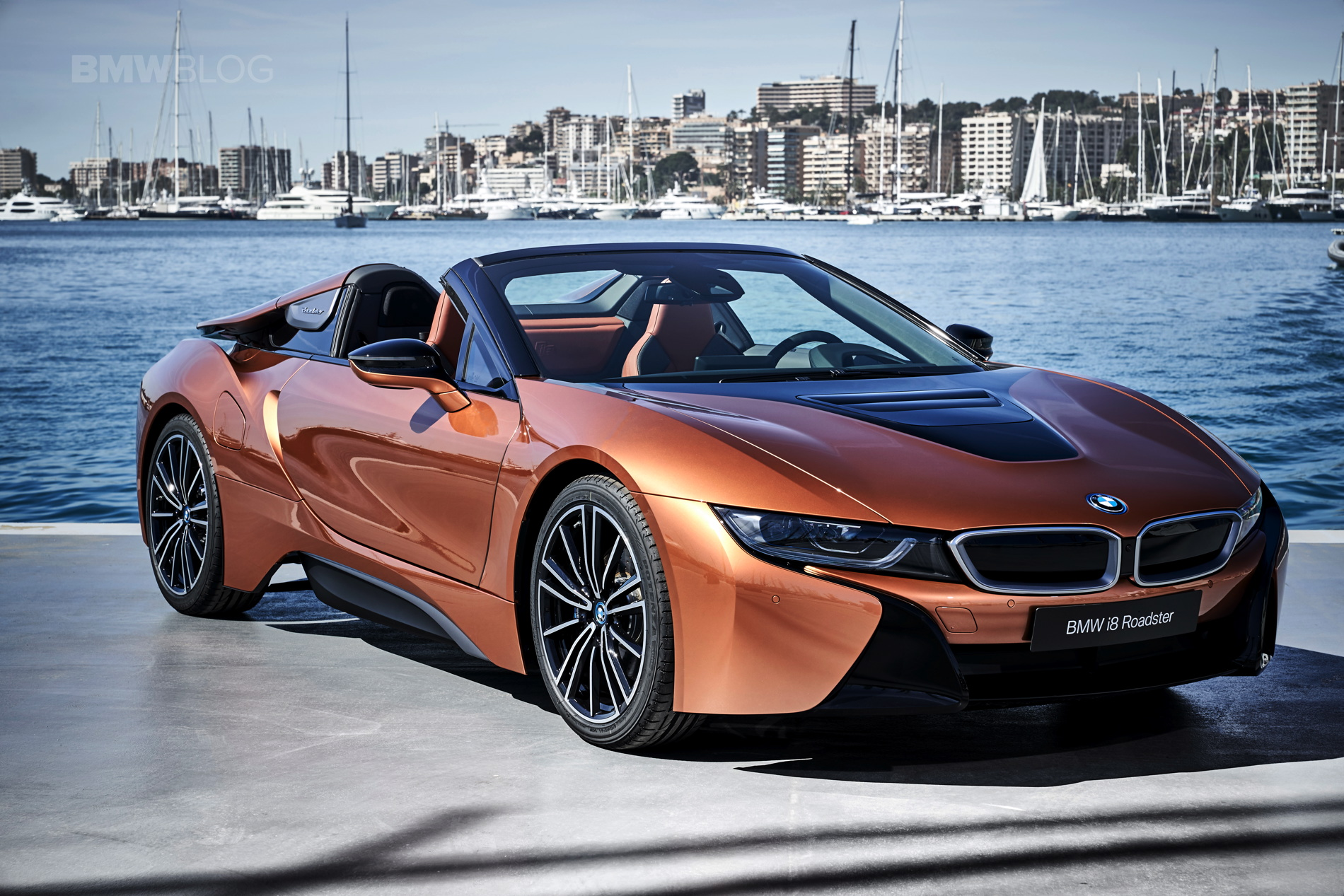 2018 BMW i8 Roadster test drive 124
