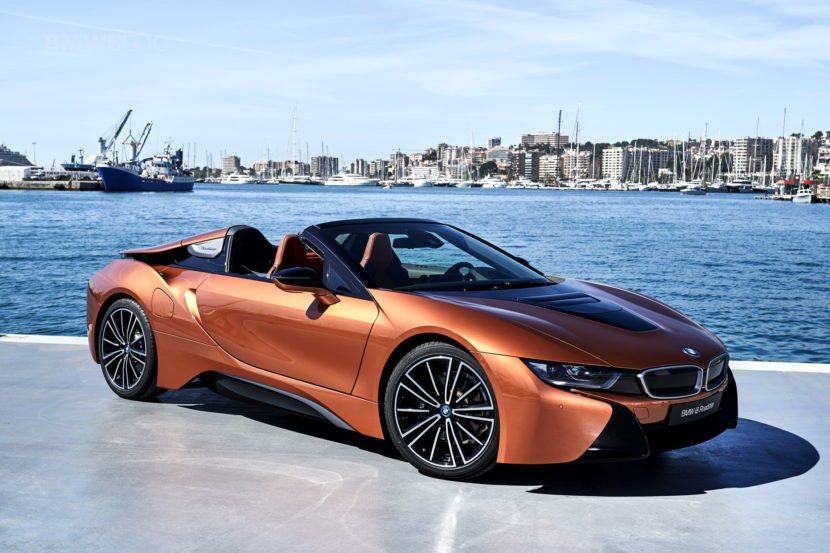 2018 BMW i8 Roadster test drive 125 830x553
