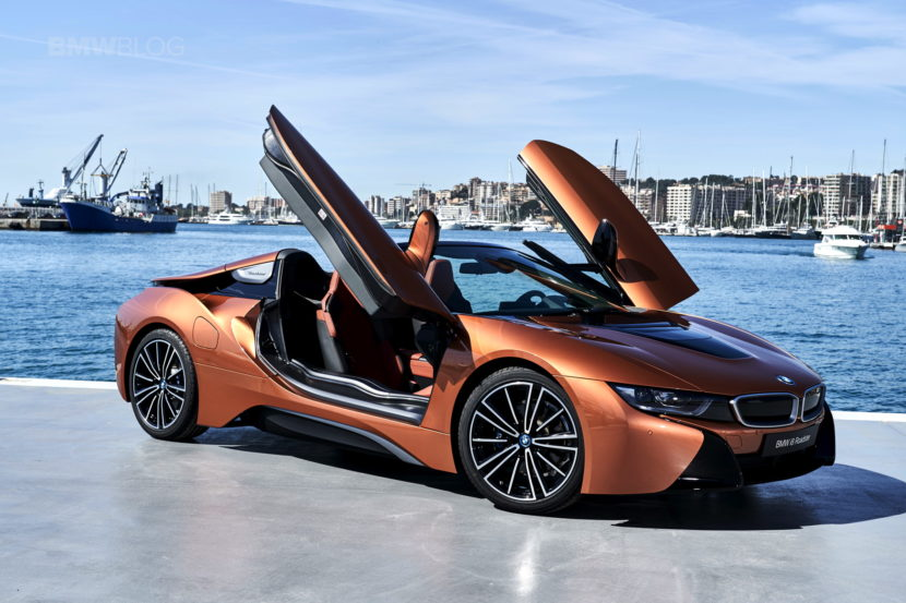 2018 BMW i8 Roadster test drive 128 830x553