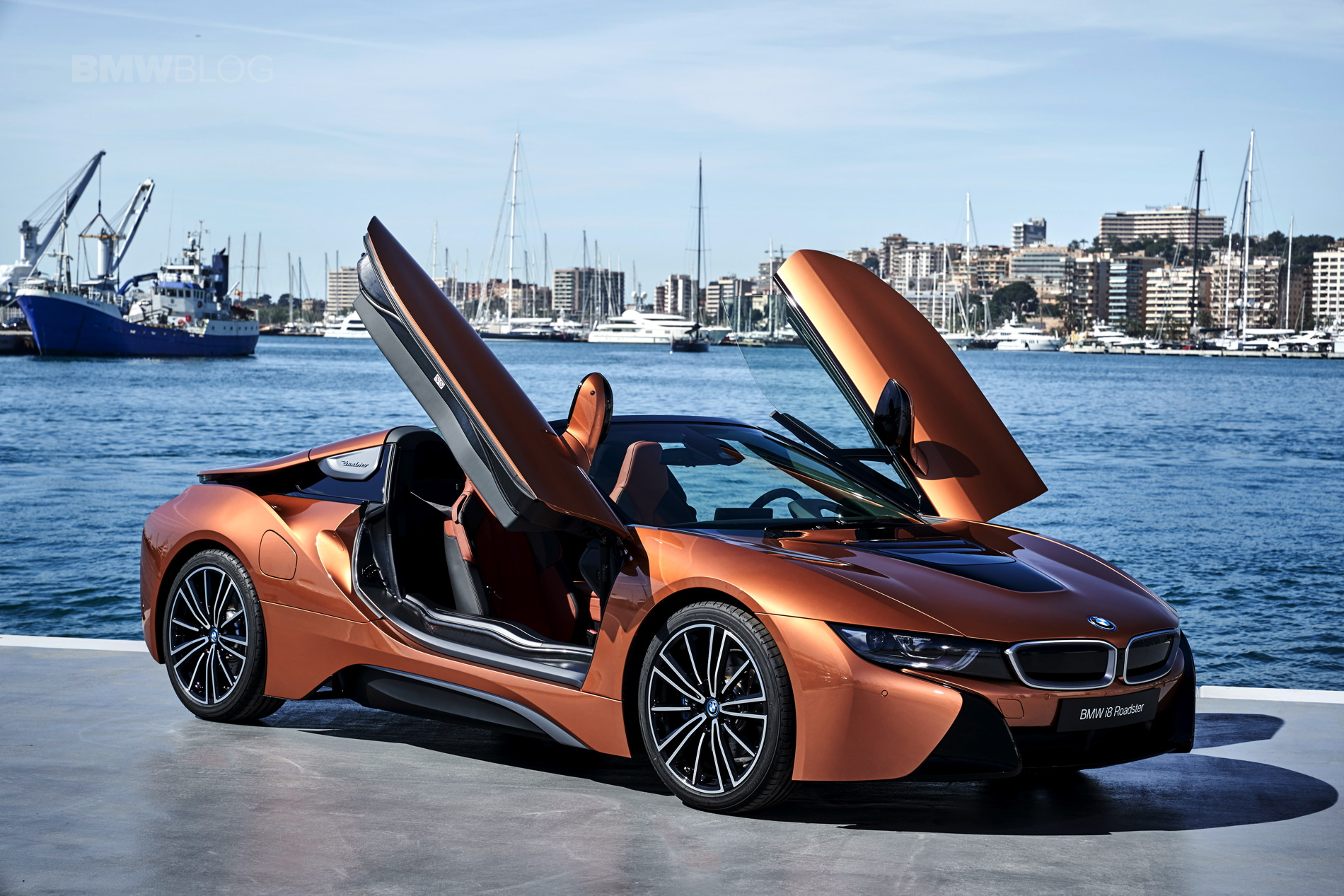 2018 BMW i8 Roadster test drive 129