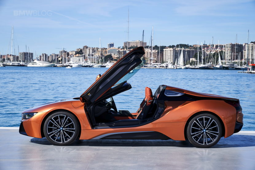2018 BMW i8 Roadster test drive 132 830x553