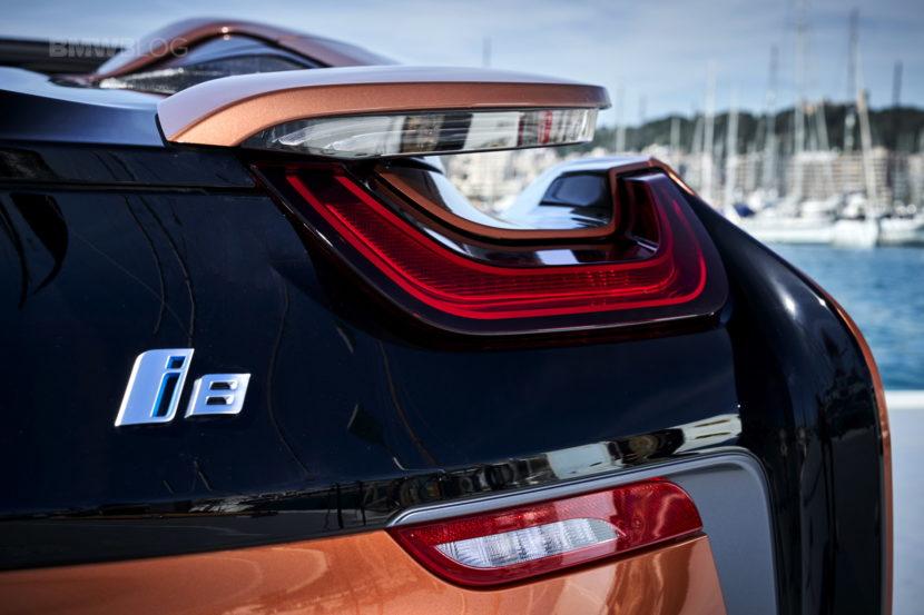 2018 BMW i8 Roadster test drive 149 830x553