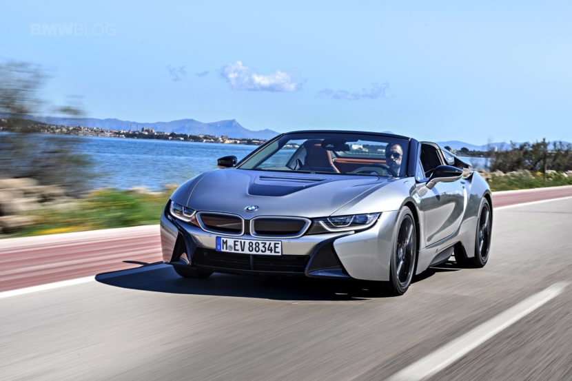 2018 BMW i8 Roadster test drive 27 830x553