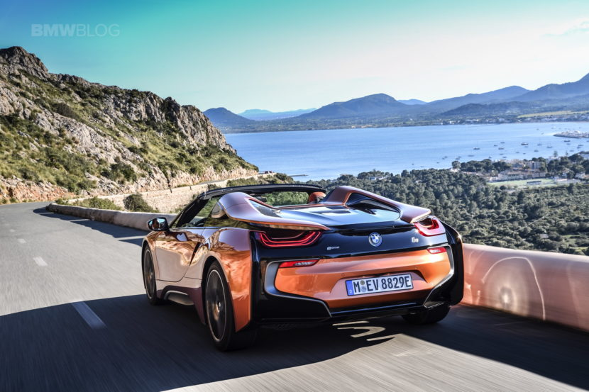 2018 BMW i8 Roadster test drive 54 830x553
