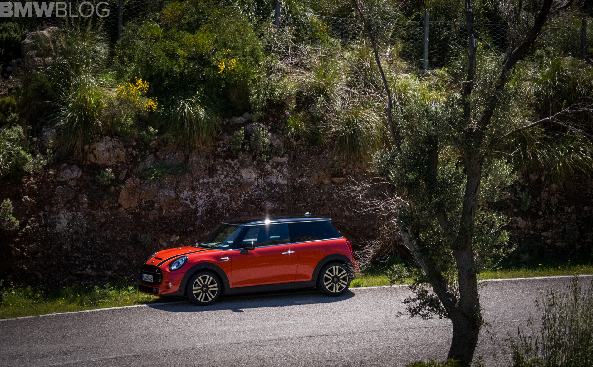 2018 MINI Hatchback 1