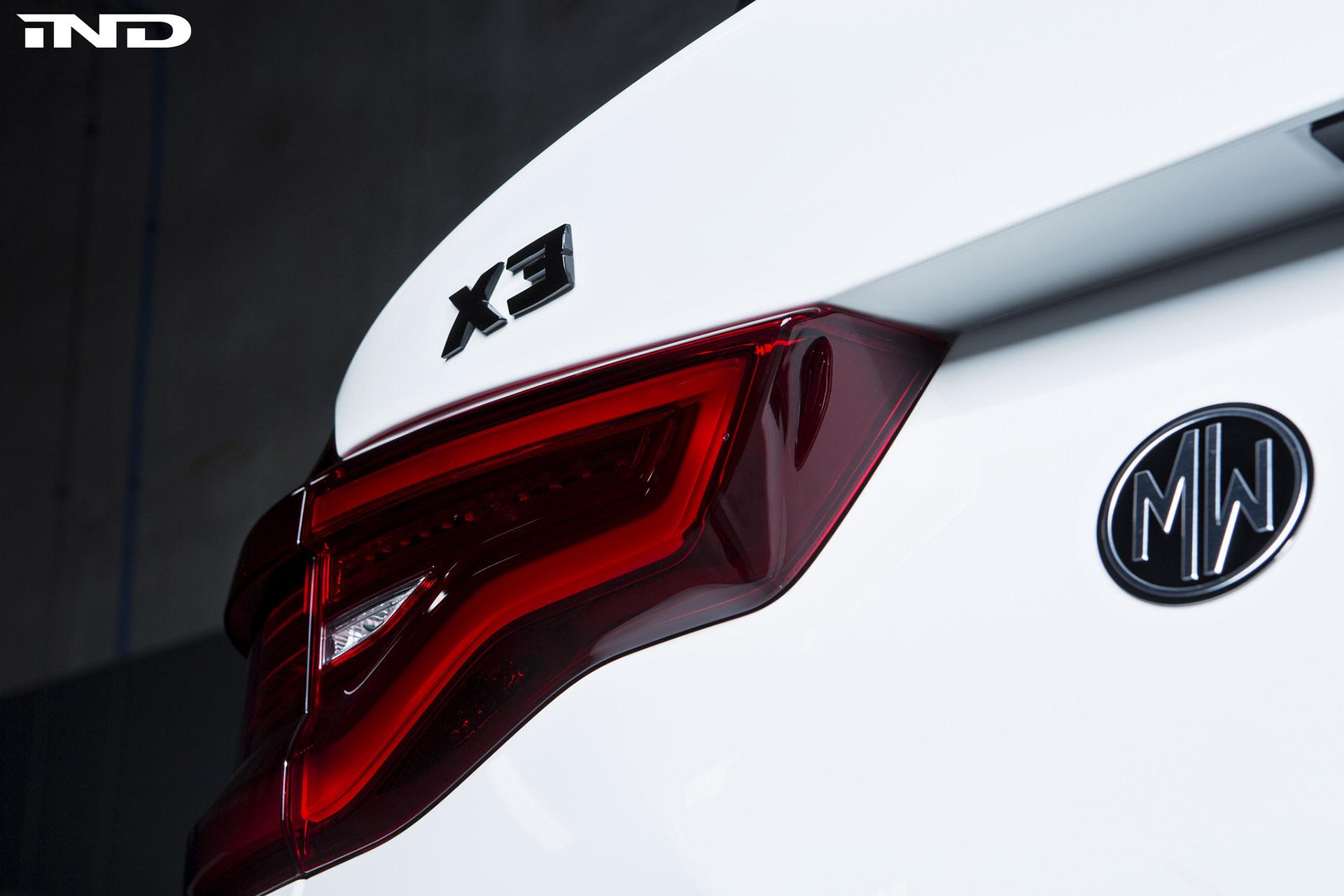 Alpine White BMW X3 M40i Image 24