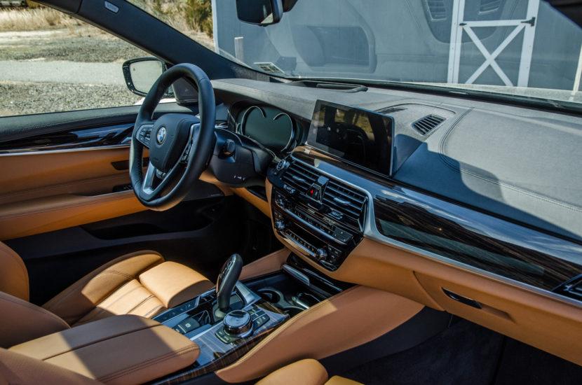 BMW 6 Series GT 55 830x550