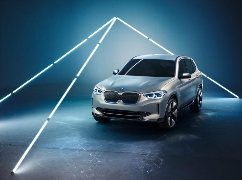 BMW iX3 11 830x617