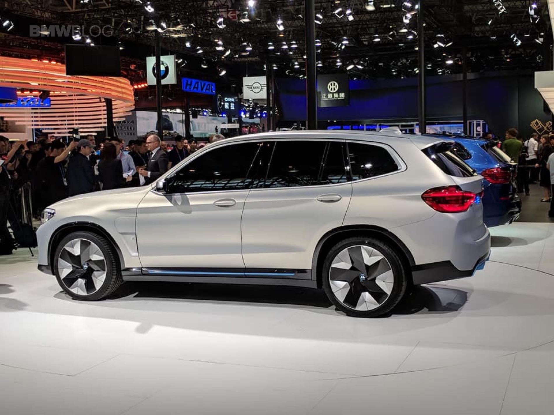 BMW iX3 Concept Beijing 13