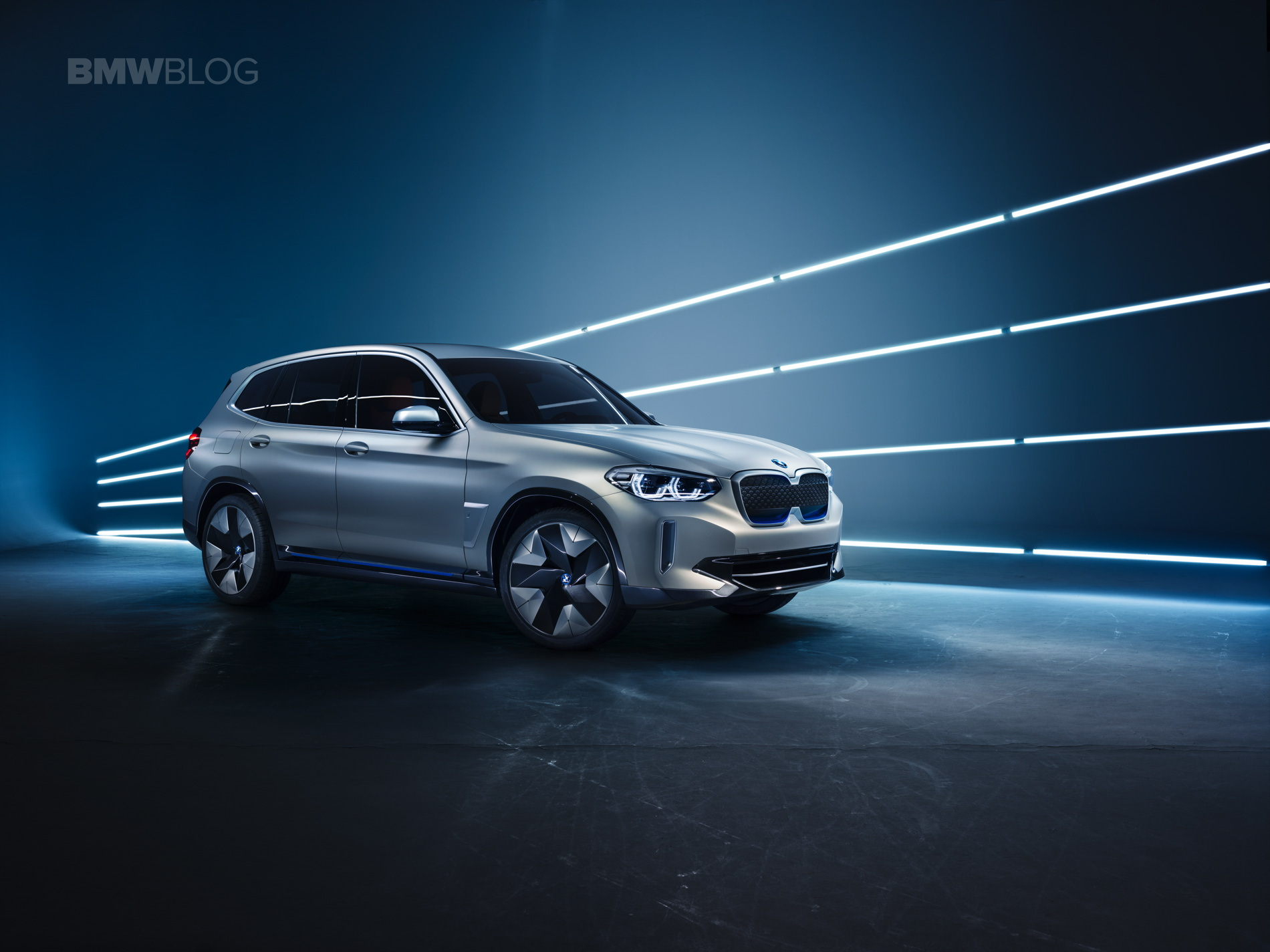 BMW iX3 photos 06