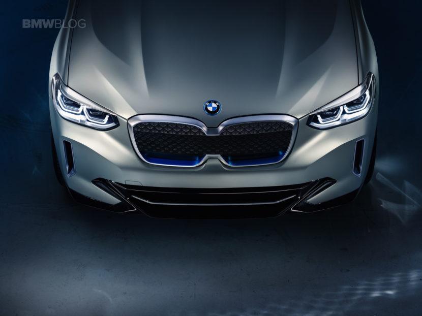 BMW iX3 photos 18 830x622