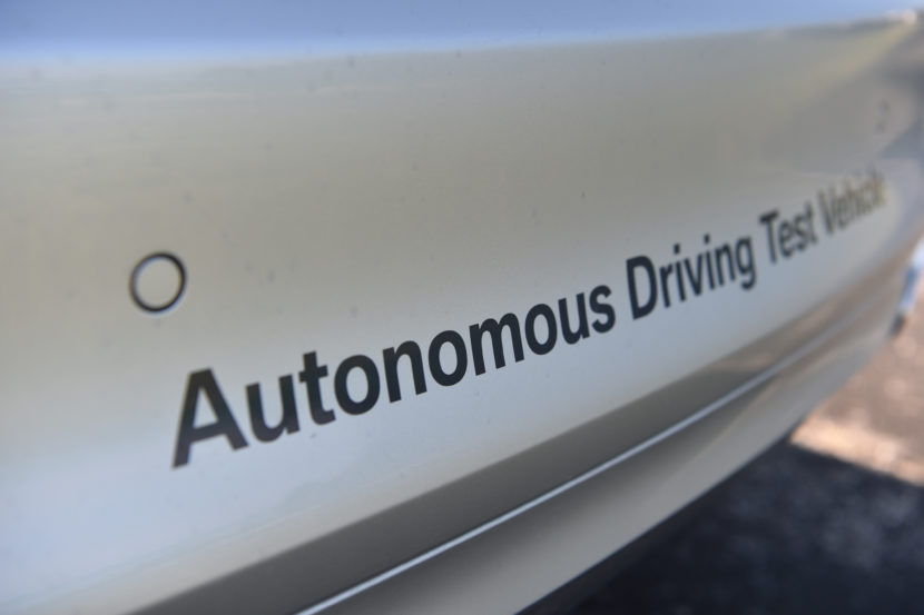 P90305034 highRes autonomous driving t 830x553