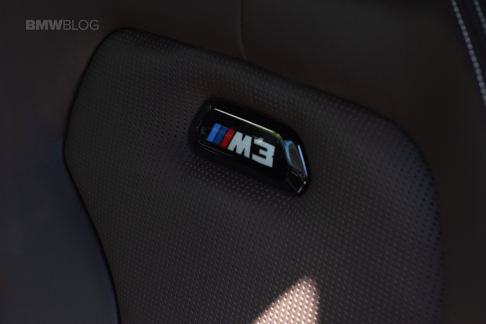 BMW M3 BLUE HERA MICA 01