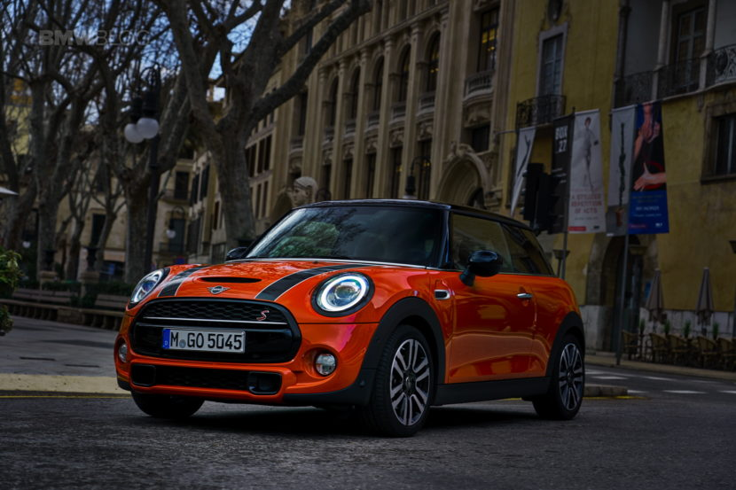 MINI Cooper 3 door facelift test drive 104 830x553